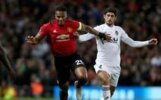Valencia pide perdón por dar 'like' a una publicación que pedía la salida de Mourinho