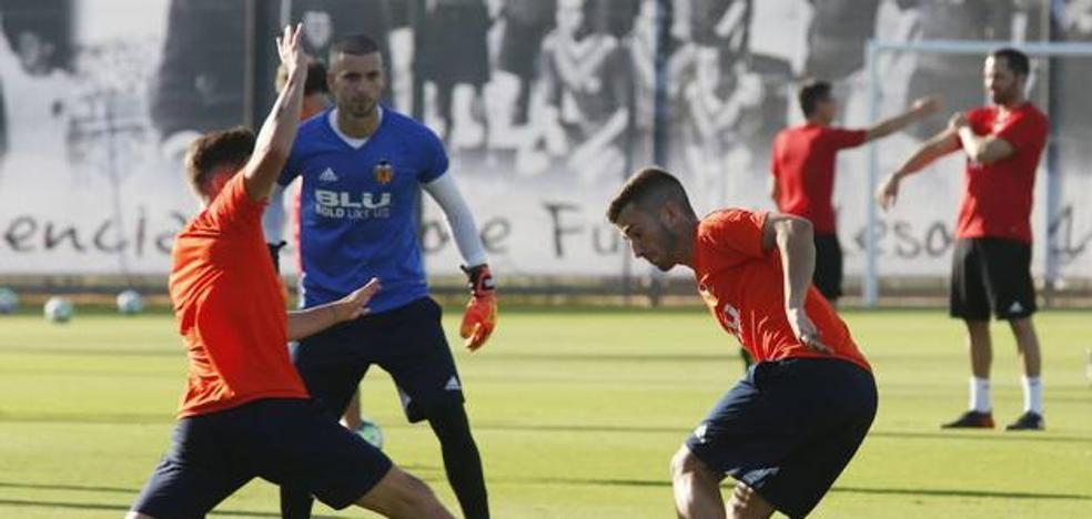 Gayà se dosifica pensando en el Barça