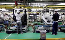 Toyota llama a revisión a 2,4 millones de vehículos híbridos en el mundo