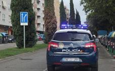La Policía Nacional salva a una mujer de su pareja que la retenía con un cuchillo en Valencia