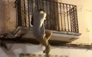 La Policía Nacional pilla in fraganti a un 'spiderman' robando en Valencia