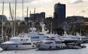 La asfixia económica de la Marina de Valencia se agrava al duplicar el Puerto las tasas