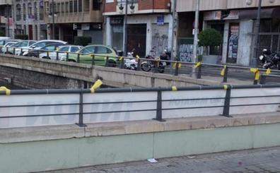 Colocan lazos amarillos en el túnel de Germanías en Valencia