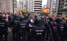 Alta tensión en las manifestaciones en el centro de Valencia