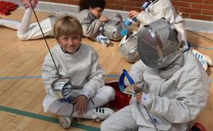 El arte de la esgrima se implanta en las escuelas
