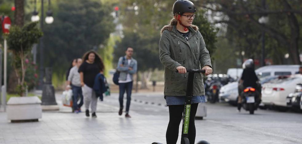 Los usuarios de los patinetes 'segway' tendrán que llevar casco por seguridad