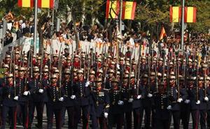 El Desfile de las Fuerzas Armadas 2018: abucheos a Sánchez y vítores al Rey