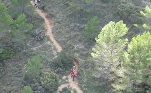 Rescatan en helicóptero en la Sierra de Bernia a una mujer herida en una pierna