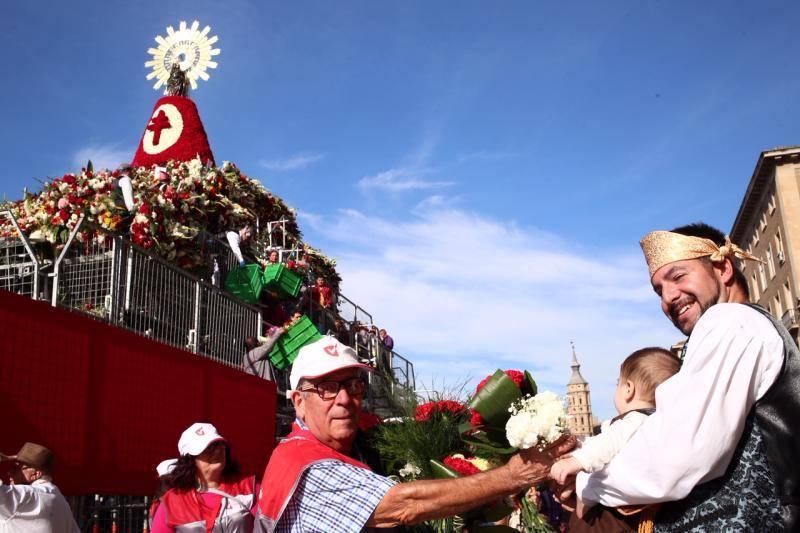 El origen valenciano de la Ofrenda a la Virgen del Pilar en Zaragoza