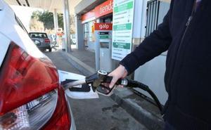 Los surtidores aprovechan el tirón de los gasolina para mantener las ganancias