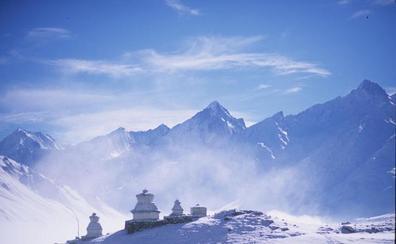 Nueve alpinistas mueren por una tormenta en Nepal