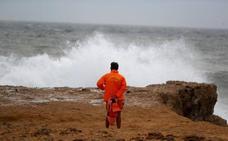 El huracán Leslie deja rachas de 96 km/h en las primeras horas en España tras asolar Portugal