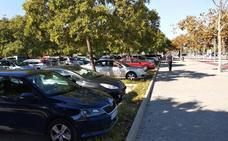 La valla de Tarongers contra el botellón eliminará cientos de plazas de parking por la noche
