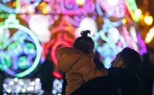Valencia se gastará este año 80.000 euros en las luces navideñas, un 33 % más