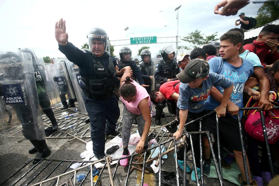 Peña Nieto dice que México apoya a los migrantes pero que impedirá las entradas irregulares