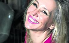 Marta Robles: «'Cuéntame' es la serie que mejor ha narrado nuestros últimos años»
