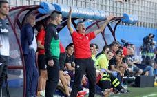 El Eibar quiere alejar en la tabla al Athletic