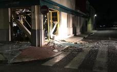 Una banda roba 15.000 euros en Gavarda tras explosionar un cajero automático