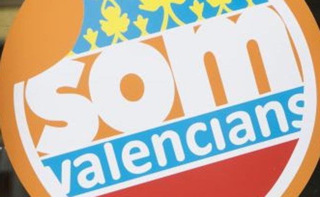 Som Valencians ahonda su crisis con una dimisión, expulsiones y la policía en la asamblea