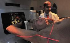 Pacientes oncológicos recibirán radioterapia en la operación para evitar sesiones posteriores