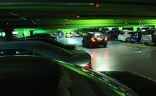 Investigados dos guardias civiles por conducción temeraria en el aparcamiento de la sede central