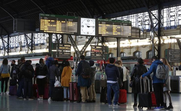 La estación del Norte de Valencia, colapsada por una avería