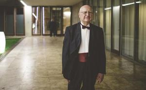 Salvador Aldana, el estudiante valenciano de 90 años con «espíritu enciclopédico»