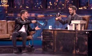 Broncano planea con Dani Martín su próximo asalto al informativo de Piqueras en Telecinco