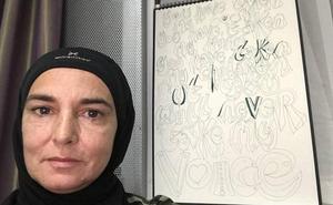La cantante irlandesa Sinéad O'Connor no quiere pasar tiempo con «gente blanca» tras su conversión al islam