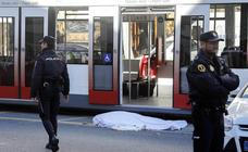Un tranvía atropella mortalmente a un anciano en Valencia