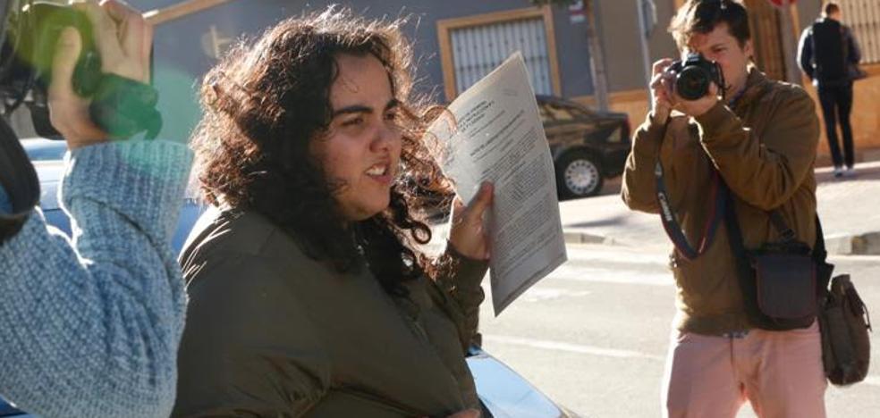 Detenida por hacerse pasar por el exnovio de su amiga para amenazarla de muerte