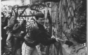 La pregunta de un periodista que desencadenó la caída del muro de Berlín