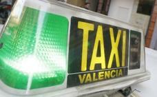 Agrede a un taxista de Valencia que se negó a llevarla a comprar droga