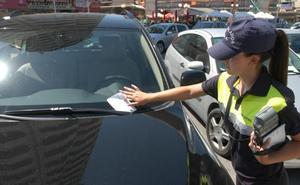La Policía Local de Valencia pide que falsear el ticket de la ORA sea considerado delito