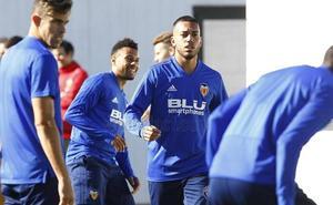 Marcelino: «Mina juega porque su influencia en el equipo es mayor que la de otros»