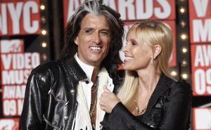 El guitarrista de Aerosmith, ingresado de urgencias tras desvanecerse en un concierto