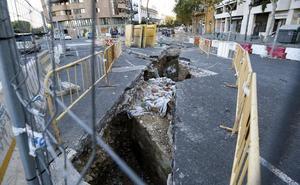 Cultura bloquea unas obras junto al cauce al afectar a la muralla medieval