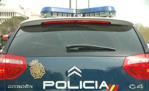 Sorprendido mientras robaba 50 gafas de sol en un centro comercial de Valencia