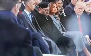 La 'siesta' del rey de Marruecos en pleno discurso de Macron