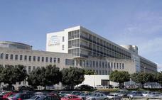 Personal sanitario protestan contra la «desigualdad» en la reversión de los hospitales de gestión privada
