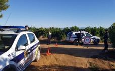 AVA asegura que la policía sugiere dormir en los campos