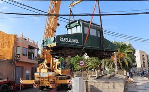 Rafelbunyol repone el tractor 4 restaurado con motivo del 125 aniversario del tren