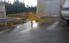 Carreteras cortadas por las lluvias en Valencia