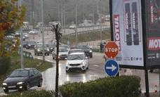 La lluvia marca el inicio del Gran Premio en Cheste