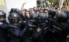 La Fiscalía quiere justificar los «violentos enfrentamientos» del 1-O en el juicio del 'procés'