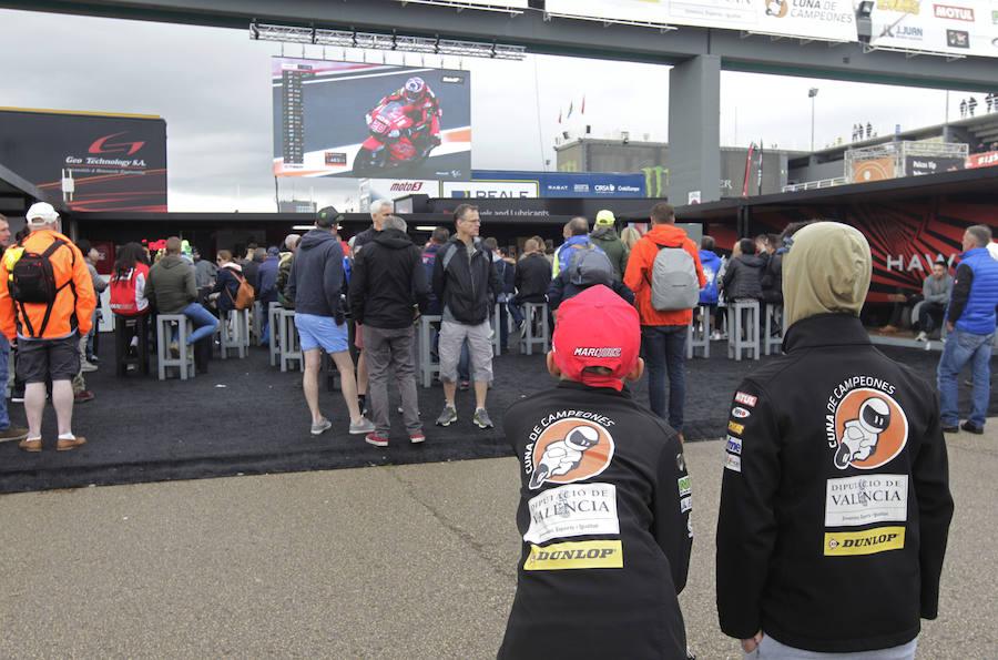 La otra mirada del Gran Premio de motos en Cheste