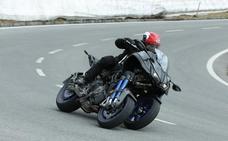 Yamaha Niken, la moto más espectacular y segura del Salón