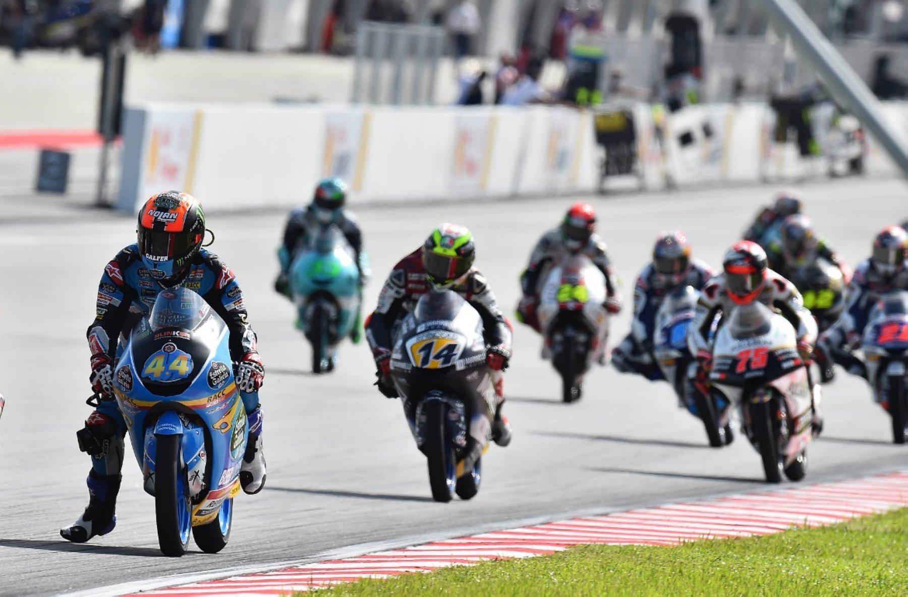 Directo | Cómo ver por televisión la MotoGP en Cheste en 2018: horario de las carreras