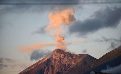 El volcán de Fuego aumenta peligrosamente su actividad
