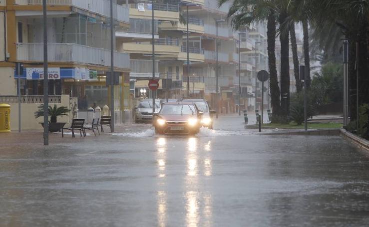 Las lluvias de este lunes en la Comunitat: inundaciones, carreteras cortadas y desprendimientos
